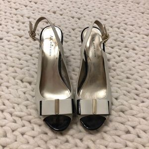 Bow Heels - Size 8